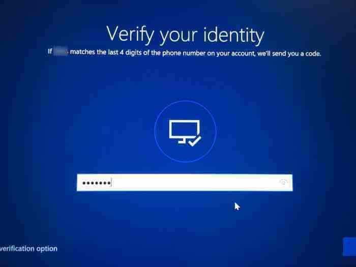 Reset Microsoft account password from login screen in Windows 10 (3)