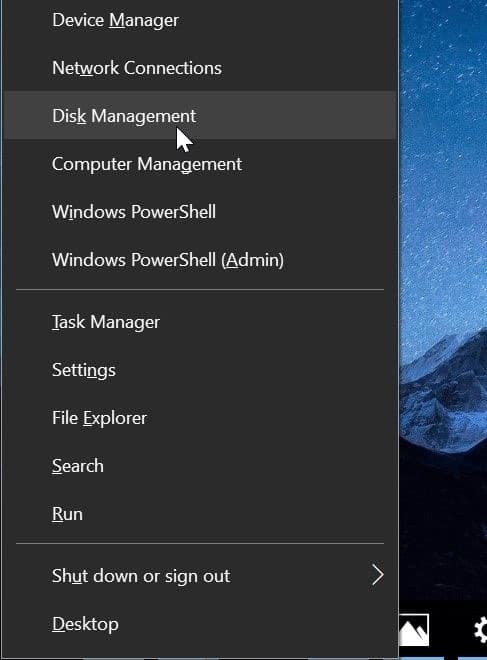 sd card not showing up in Windows 10 File Explorer pic1